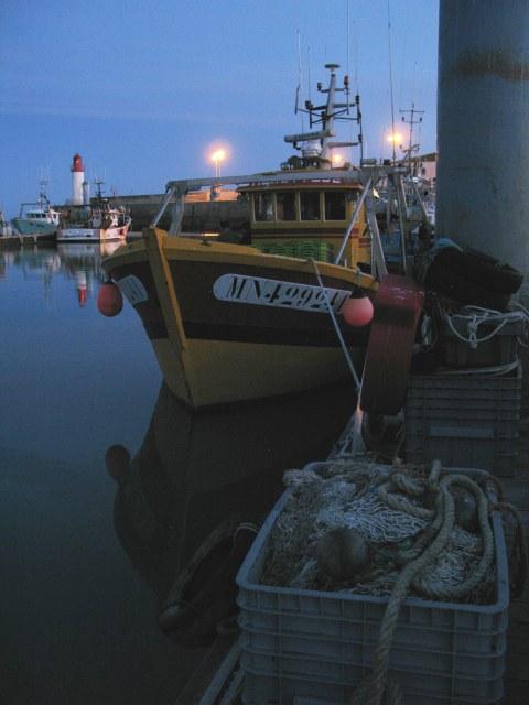 Île d'Oléron La Cotinière port fishing boat at night