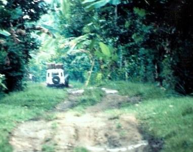 4WD-on-mud-track-on-Safari-in-Bali