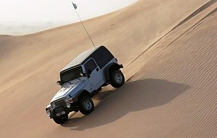 Abu Dhabi Desert Dune bashing – Jeep