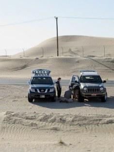 Abu Dhabi Desert Dune bashing – deflating tyres