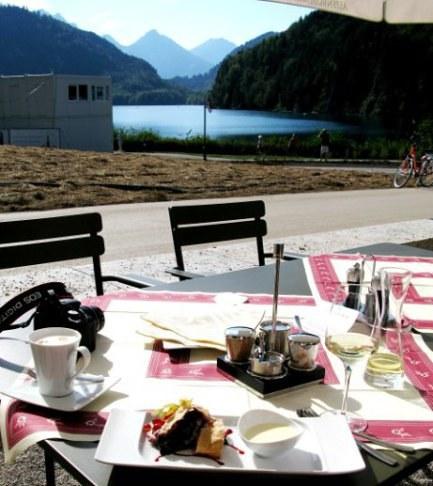 Afternoon coffee Restaurant Alpenrose am See Hohenschwangau