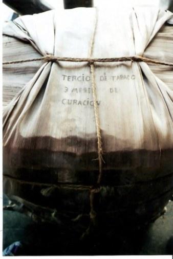 Banana leaf cigar packaging - Viñales valley – Cuba
