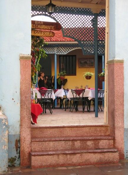 Bar Esquerra Trinidad de Cuba