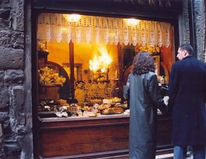 Bergamo Alta cake shop temptation
