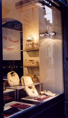 Bergamo Alta leatherware shop