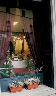 Bergamo Alta reflected in restaurant