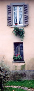 Bergamo Alta villa with shuttered windows