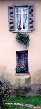 Bergamo Alta villa with shuttered windows