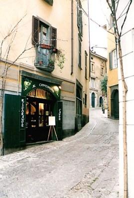Bergamo Alta winding street