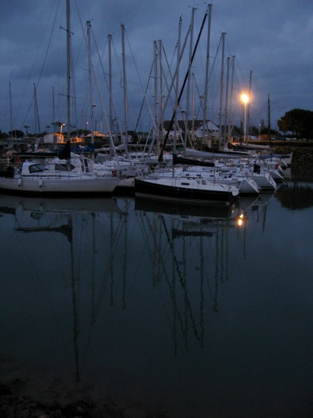 Boyardville Île d'Oléron marina yachts at night