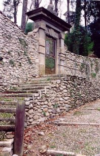 Brembilla Valley pathside shrine