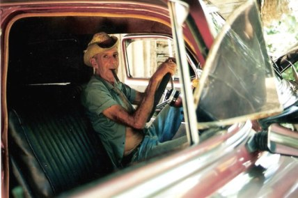 Cigar maker in Classic Chevrolet - Viñales valley – Cuba