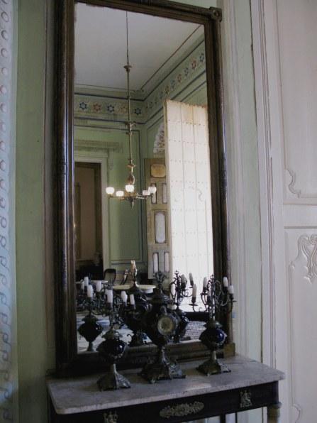 Clocks and candelabra Palacio Cantero Trinidad de Cuba