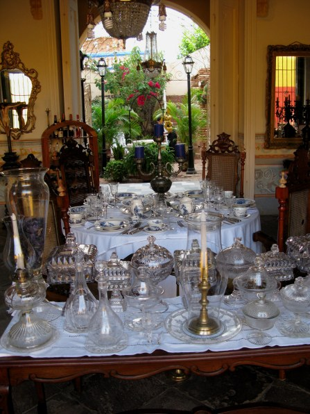 Crystal in antique shop in Trinidad de Cuba