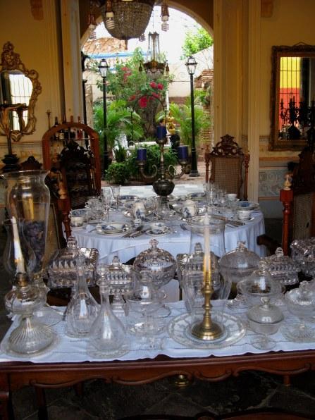 Crystal in antique shop in Trinidad de Cuba