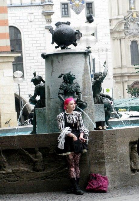 Funky Christmas dress Munich Fish Fountain