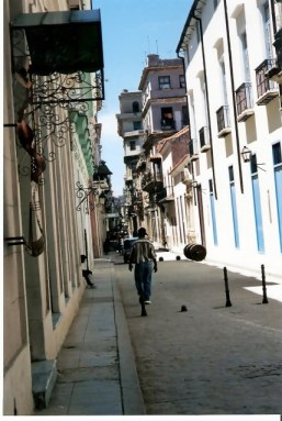 Quiet afternoon street in Habana Viejo