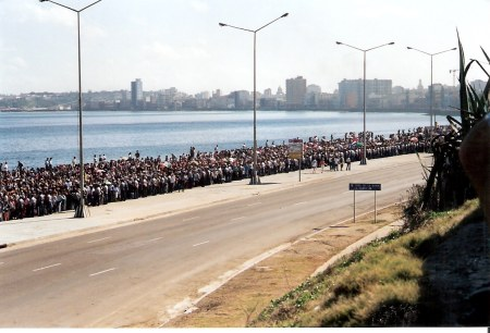 Havana-Anti-American-demonstration-on-Malecón