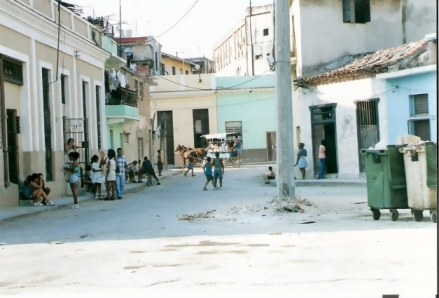 Havana Barrio Mule Cart disappearing