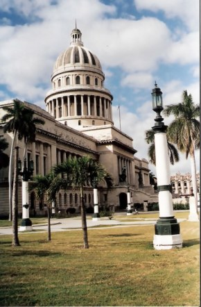 Havana Capitol Building from the park – Habana Viejo