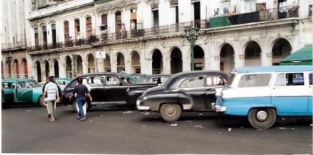Havana-classic-cars-at taxi-rank-Havana