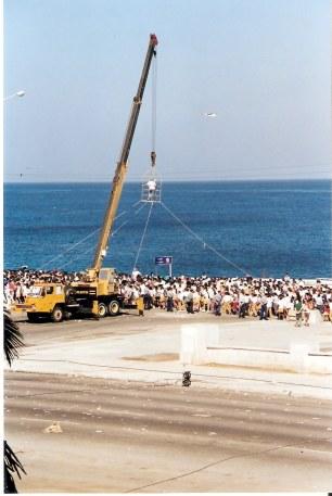 Havana-demonstration-on-Malecón-TV-camera-on-crane
