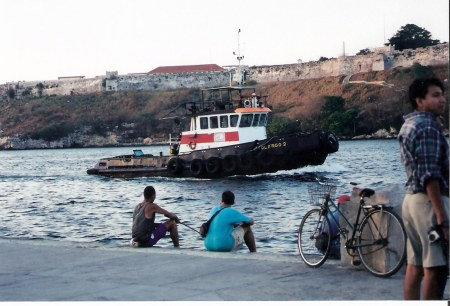 Havana-fishing-beneath-the-fort