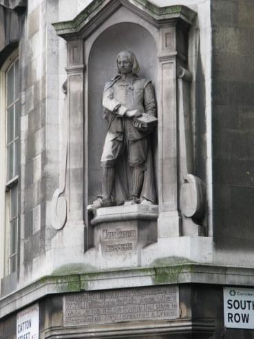 John Bunyan statue Holborn London