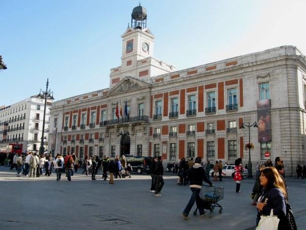 Puerta del sol new year for Casa de correos madrid