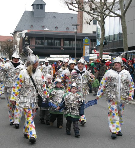 Mainz Carnival Children's Parade newspaper kids