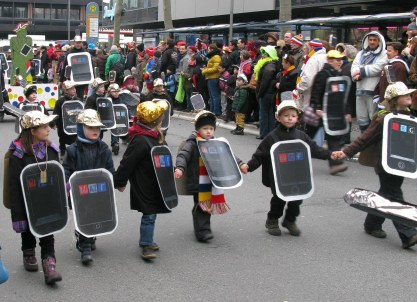 Mainz Carnival Children's Parade tablets
