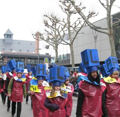 Mainz Carnival Children's Parade typesetter letters