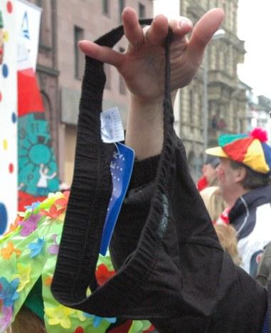 Mainz Carnival Parade Rosenmontag Carnival throw