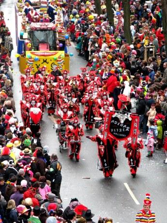 Mainz Carnival Parade Rosenmontag Guggemusik band