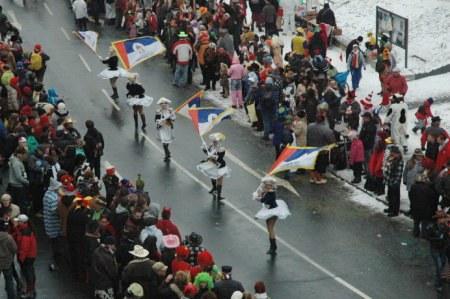 Mainz Carnival Parade Rosenmontag flag garde