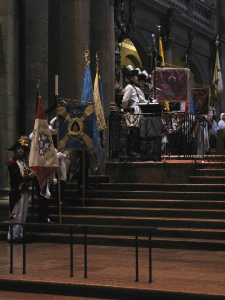 Mainz Carnival Sunday Garde standards in cathedral