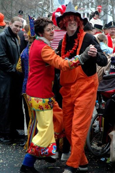 Mainz Fastnacht costumed dancers