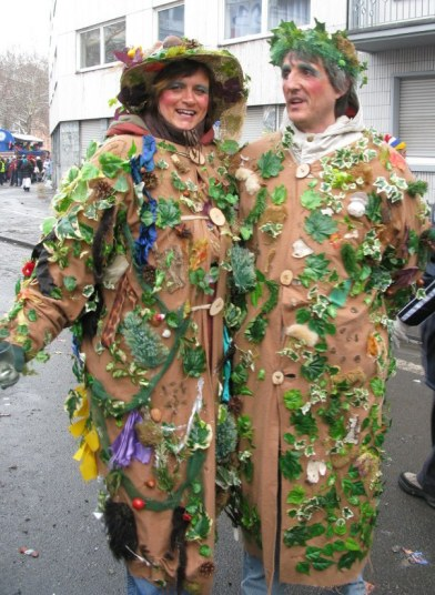 Mainz Fastnacht undergrowth costume
