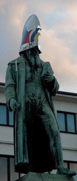 Mainz Gurtenberg statue