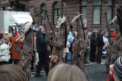 Mainz Rosenmontag giraffe