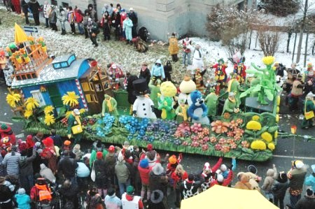 Mainz Rosenmontag kinder float