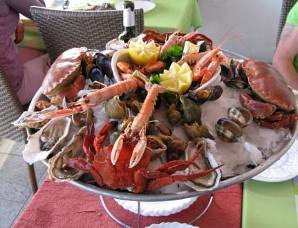 Île d'Oléron port of La Cotinière l'ecailler seafood platter
