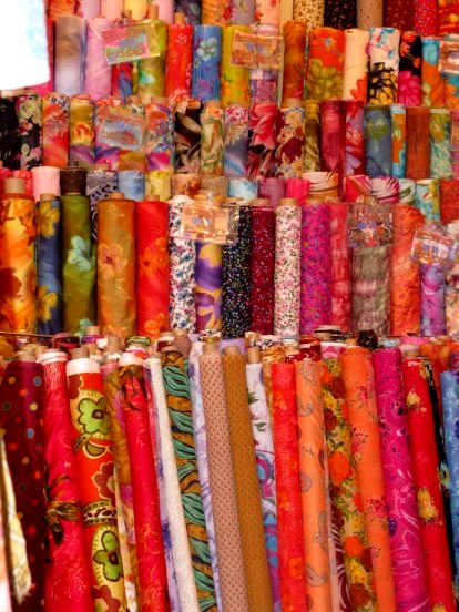 Qatar Doha Old Souk silks