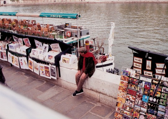 Seine bookseller Paris