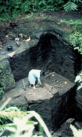 Stone quarrying with hand tools in Bali