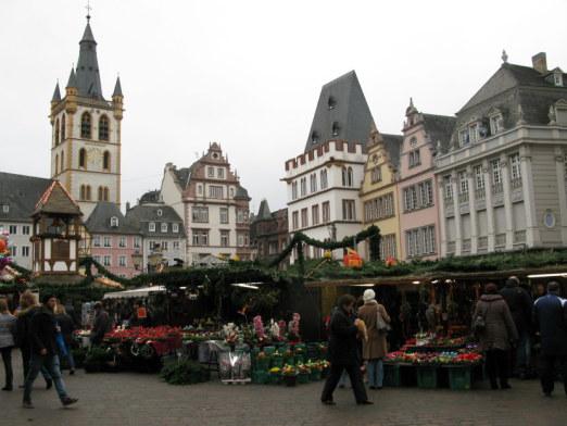 Trier Christmas Market setting