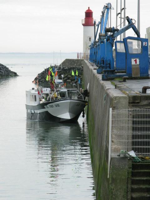 Île d'Oléron port of La Cotinière trawler ready to unload
