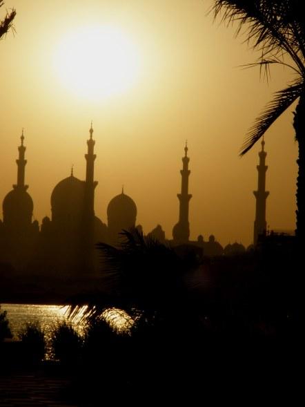 Abu Dhabi Grand Mosque from Queryat Al Beri pier