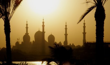 Abu Dhabi Grand Mosque from across river