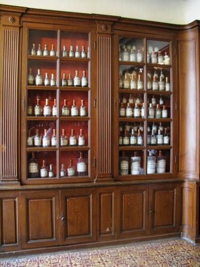 Apothecary bottles Hospices de Beaune